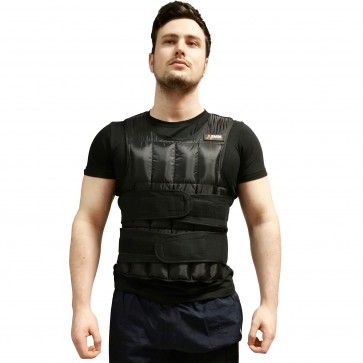DKN 20kg Adjustable Weighted Vest In Use1